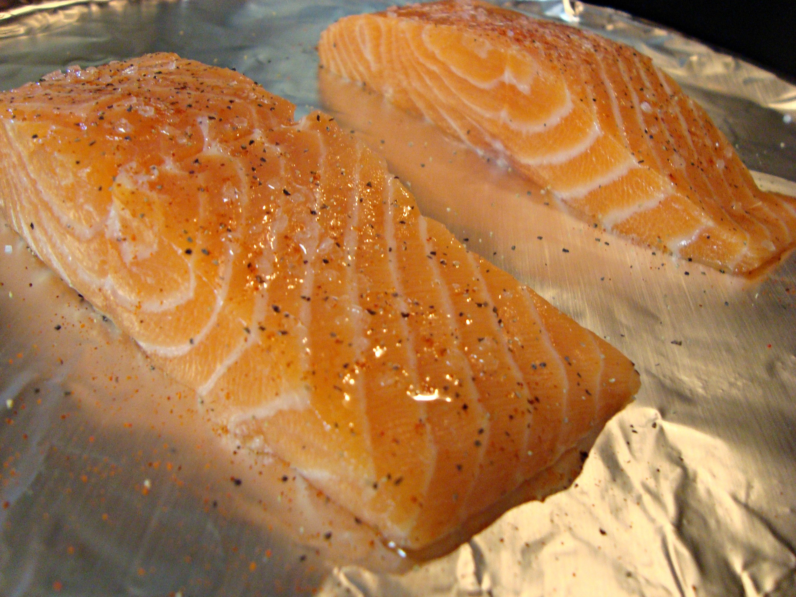 Place In Heated Oven And Bake For About 1520 Minutes, You Want The Bottom  To Charbroilhowtogrillfishg Quick Easy Broiled Salmon